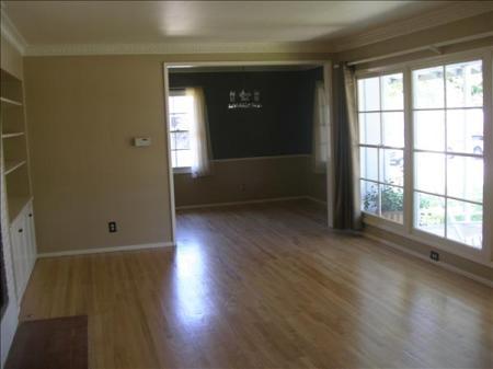 empty_living_room
